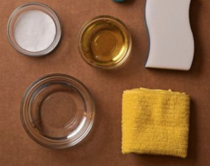 Baking soda, vinegar cleans any home surface