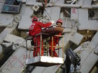 Rescuers continue to dig out in Taiwan