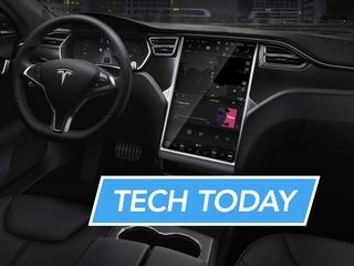 Tesla fixes Summon Mode, Speedy Internet, more