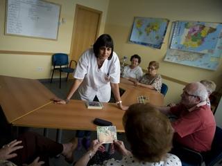 Volunteers needed for new Alzheimer's study