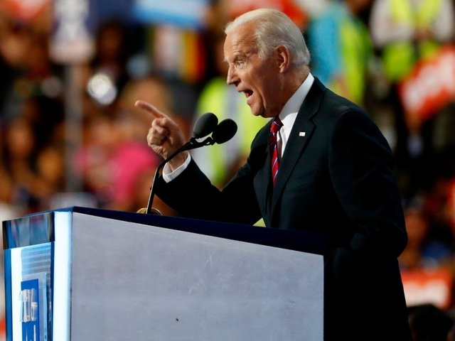 Biden visits Florida to campaign for Hillary Clinton