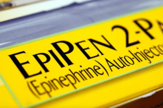 Generic EpiPen to hit store shelves this week