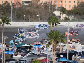 Daytona 500 crowns 2017 champion