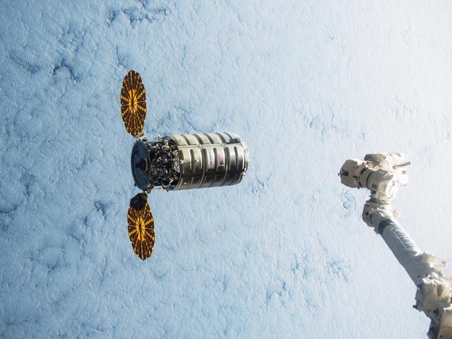 NASA Livestreams 360-Degree View Of Rocket Launch