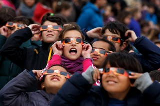 Local school orders wrong eclipse glasses