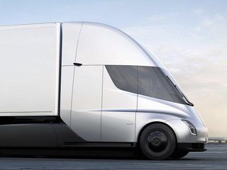 Tesla's new semitruck might be playing catch-up
