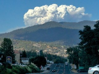 California wildfires form new type of cloud