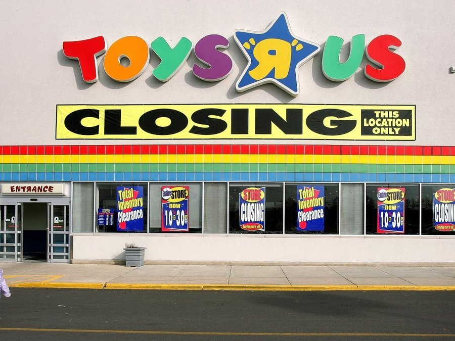 9 things to know about Toys R Us' liquidation sale - abcactionnews ...