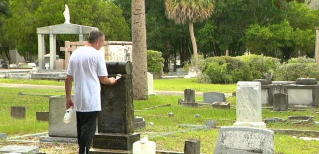 The Good Cemeterian: Man honors veterans by restoring headstones