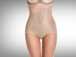 Potential risks of wearing shapewear